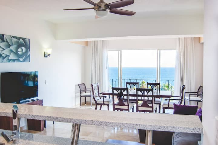 BREATHTAKING Oceanview Condo
