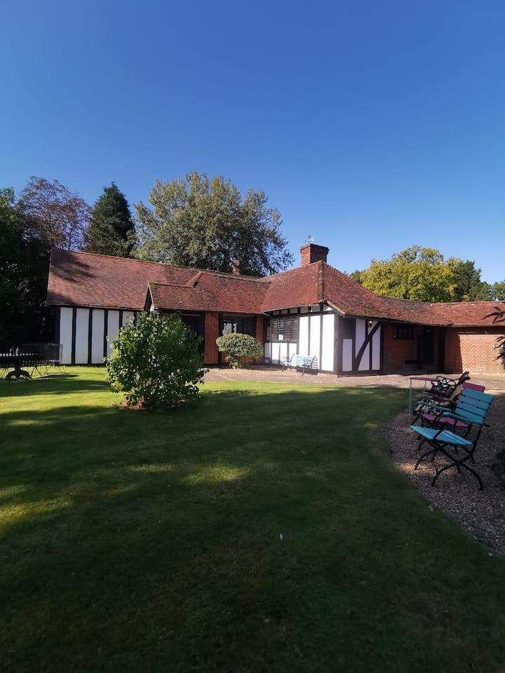 Hever Woodland Cottage
