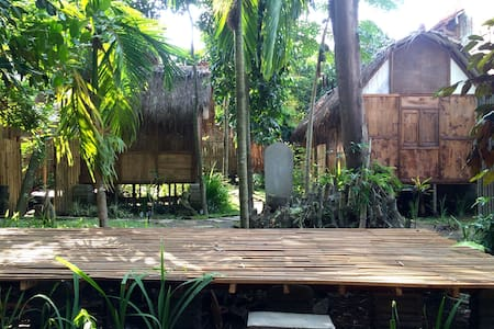 FrogStay Nawang Room by the River - Bantul - Bed & Breakfast