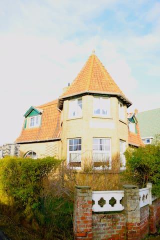 Villa authentique pour vacance au bord de mer