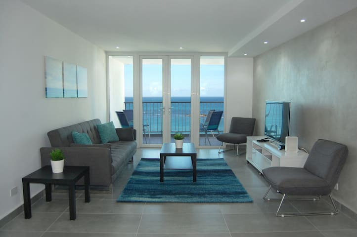 Amazing Apartment on the Beach in Isla Verde