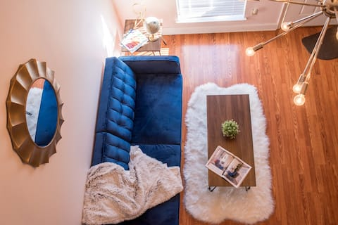 Charming loft only 7 mins from downtown