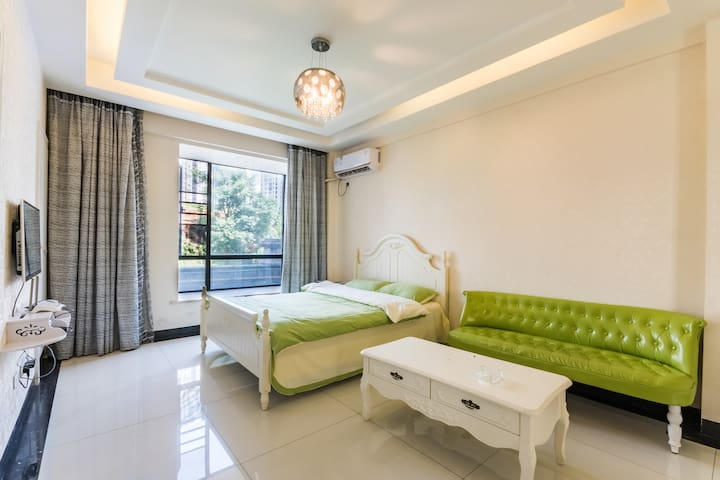 如家小栖绿色心情一居室温馨套房53平米