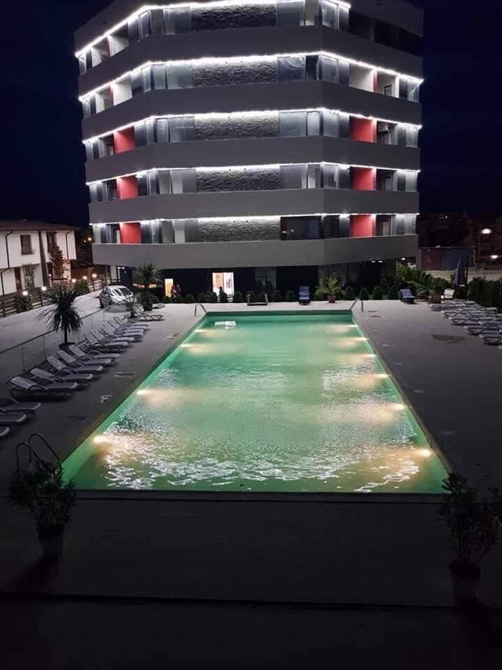 Inchiriere apartament in regim hotelier
