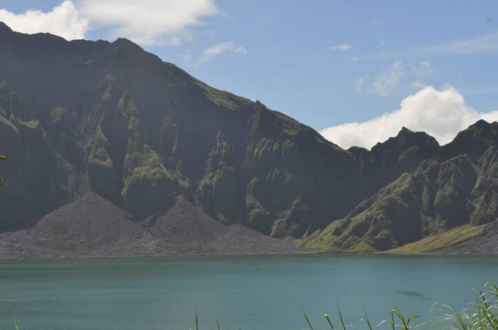 Start your Mt. Pinatubo Adventure - Dorm Bed - Capas - Bed & Breakfast