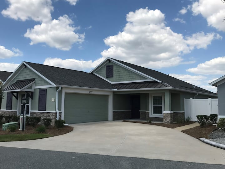 Bungalow in The Villages FL, near Brownwood Square