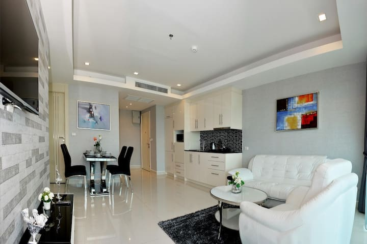 2 Bedroom at Cosy Beach View Condominium Official