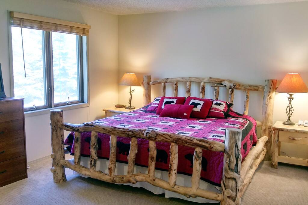 Beaver Creek West Condo #15 Master bedroom with King bed