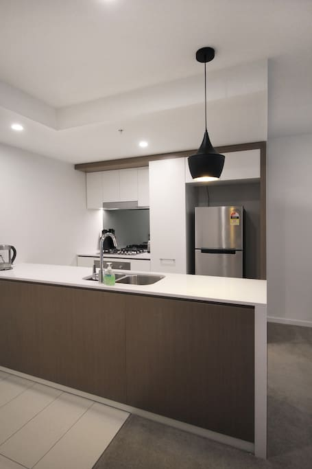 Fully equiped kitchen with complimentary coffee, tea, milk and breakfast cereal.