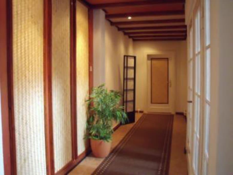 Corridor - Flur