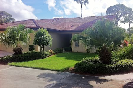 3690 White Pine  Ct, Sarasota, Florida, 34238 - サラソータ