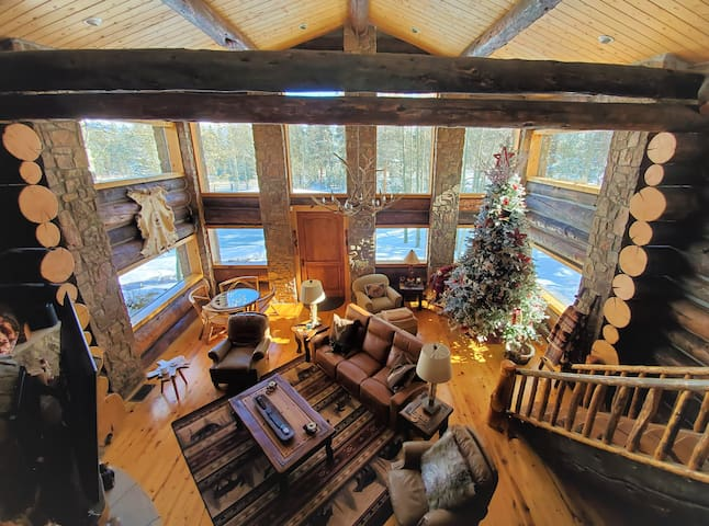 Great room ready for the holidays!