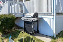 Propane grill for summer time BBQs! Lets face it, BBQs are good any season!