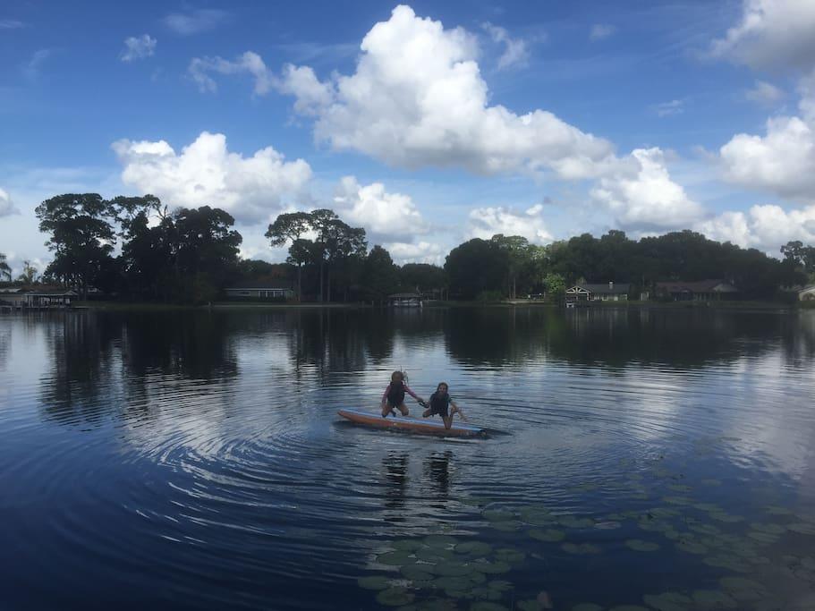 Lakefront Living!