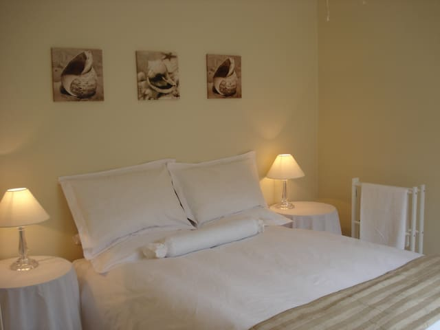 Suné's Self Catering - Worcester - Apartment