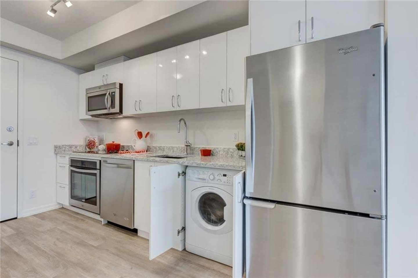 Beautiful kitchen with stainless steel and granite countertops