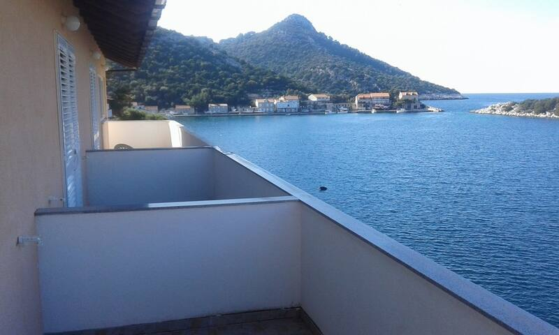 Villa Aragosta Seaview Apartment 3 - Zaklopatica - Appartement