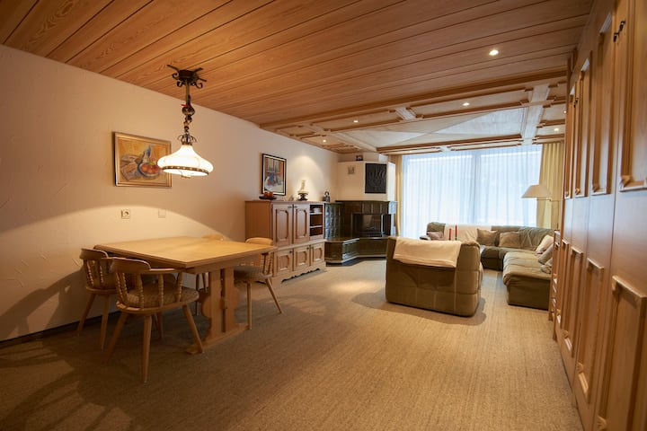 Cosy apartment with sauna, pool, gym, parking &&