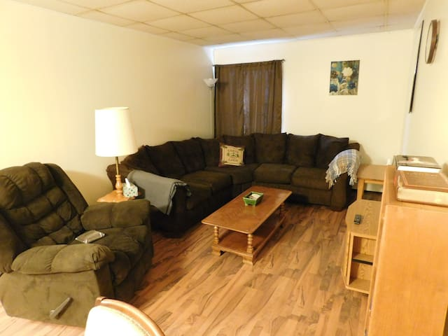 Cozy 2-Bedroom Apartment in Shinglehouse, PA