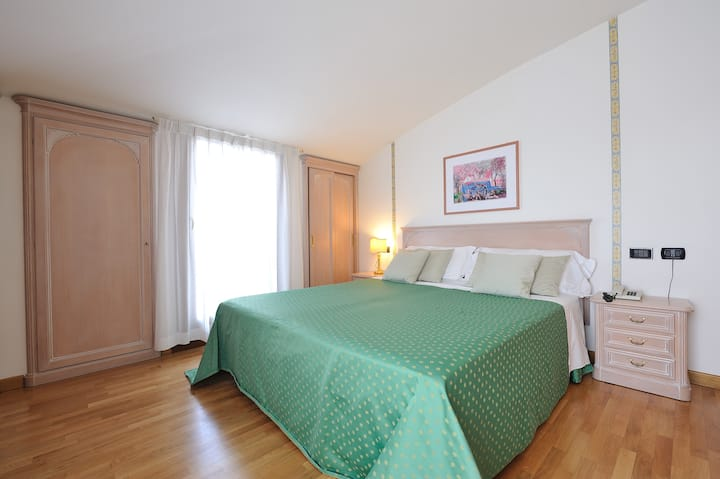 Soave Roxy Apartments Bilocale Castle View
