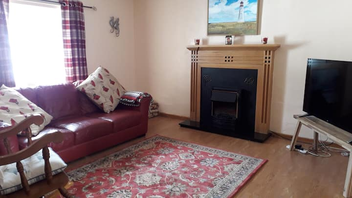 Lochside 3-bedroom apartment, Inveraray, Argyll