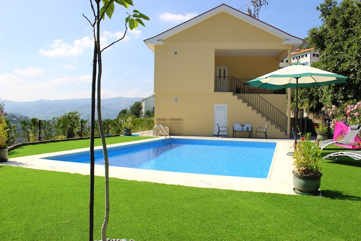 Villa with 3 bedrooms in Montinho, with private pool, enclosed garden and WiFi - 1 km from the beach