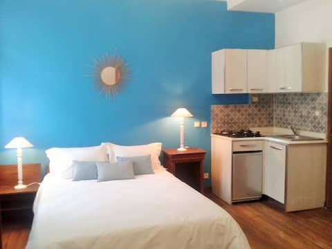 Studio, avec kitchenette, en centre ville