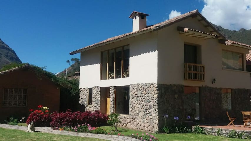 Sacred Valley House with swimming pool (Cusco)
