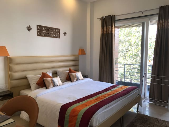 Bed & Oats - Deluxe Private Room in Gurgaon -4
