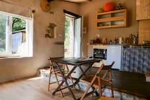 Vue de l'espace salon/chambre View from the living/bedroom area
