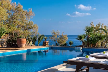 Beachfront Cozy Luxury Villa in South Crete! - Makrygialos