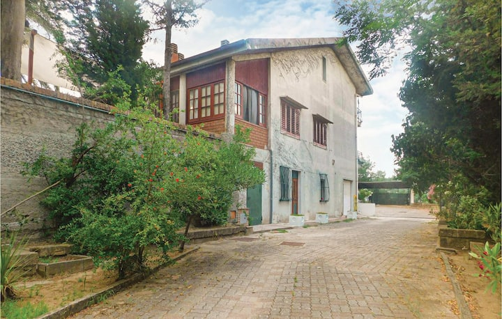Nice home in Squillace with WiFi and 6 Bedrooms