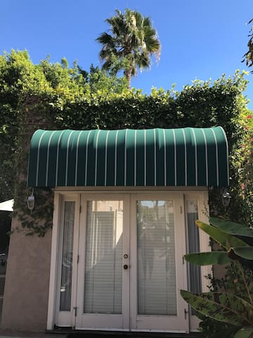 Charming Beverly Hills Private Cottage/Guest House - West Hollywood - Gästhus