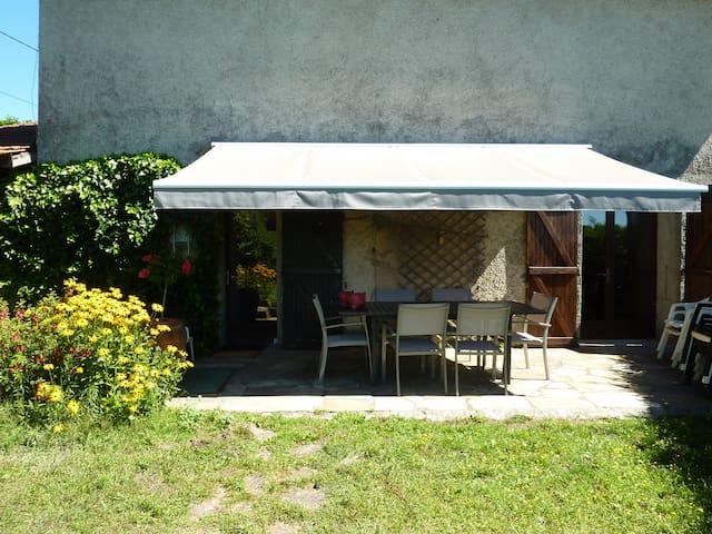 Maison à la campagne, bien équipée, Nord Isère - Saint-Agnin-sur-Bion - House