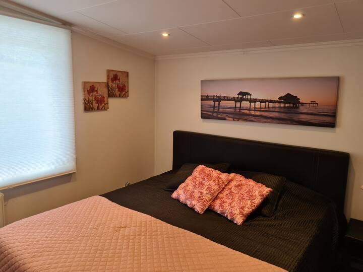 2 rumms lägenhet nära Götebrgscentrum i ett hus