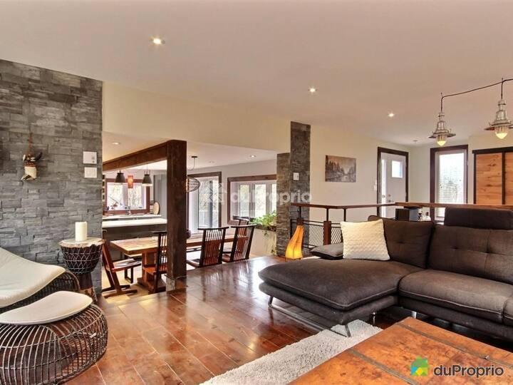 Luxury & stylish home 10 min from downtown/ski !!