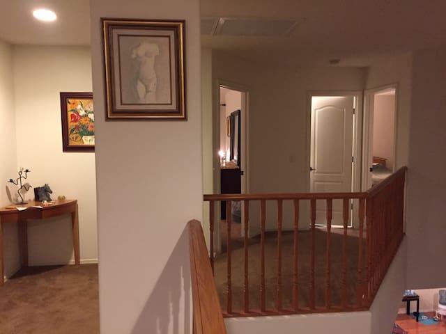 Comfortable living condition, Convenient location