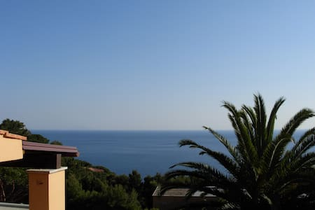 Enjoy tranquility with a sea view - Marina di Campo