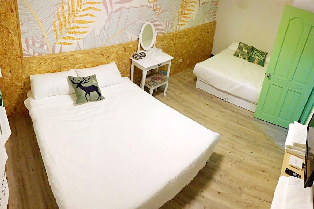四人房 主要房間 兩個人也是提供本房...價格很優惠唷