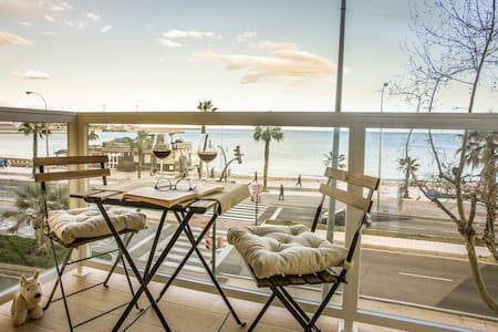 Amazing Front Line Huelin Beach Apartment