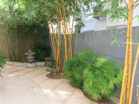 Lantau House, garden,  7' to beach