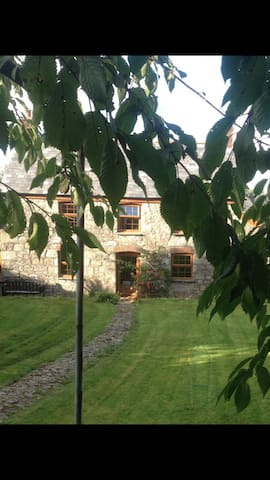 HOMELY CORNWALL COTTAGE NR PADSTOW - Tregonetha - House