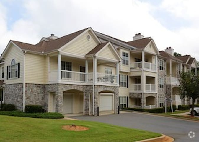 Apartment (1BR/1BA) to Rent in Kennesaw, GA