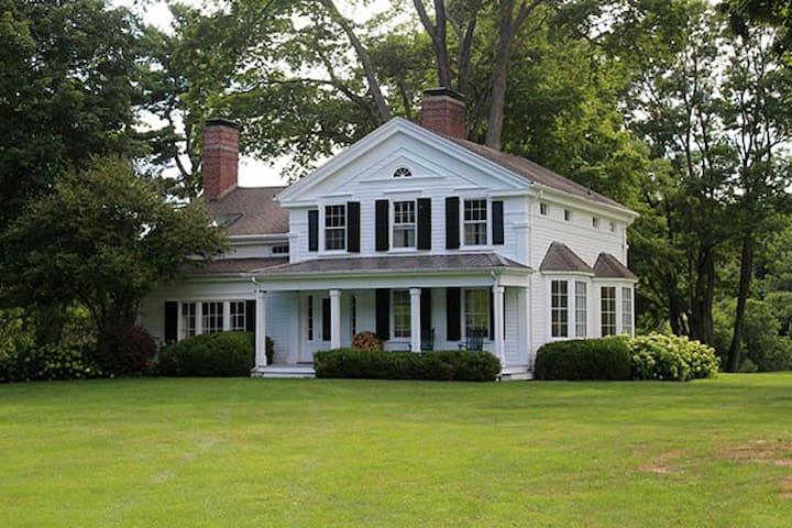 Hudson Valley - Picardy Farm: Main House