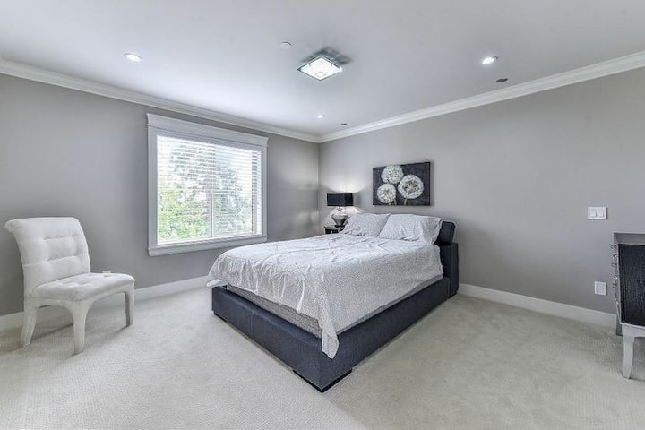 Queen Sized Bedroom-22