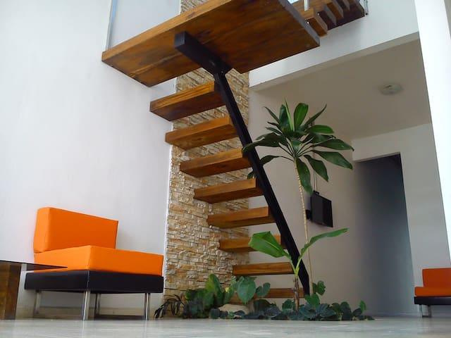 H MiraMar Habitación 1