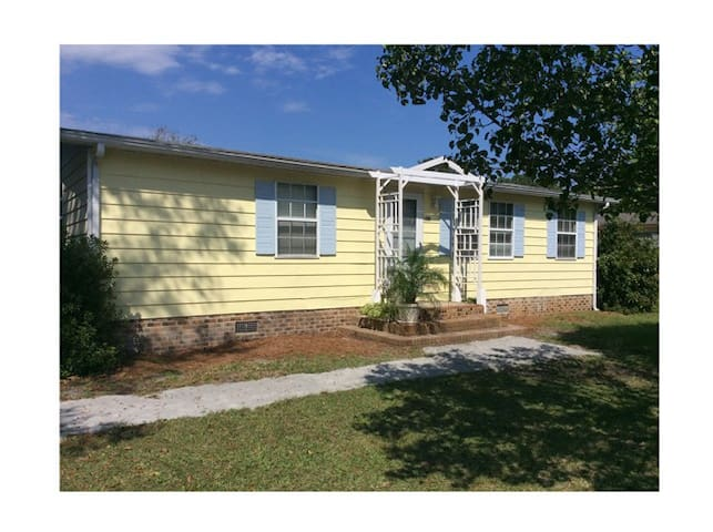 2 BR House, small pet OK, Calabash, NC - Calabash