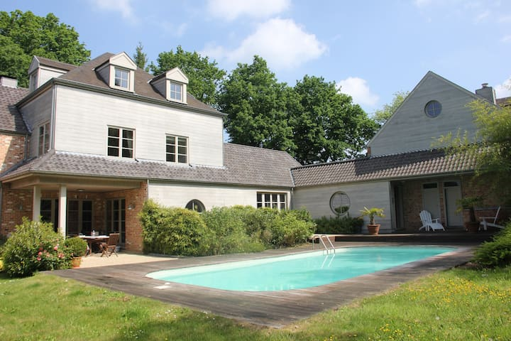 Splendid villa - Grez-Doiceau - House