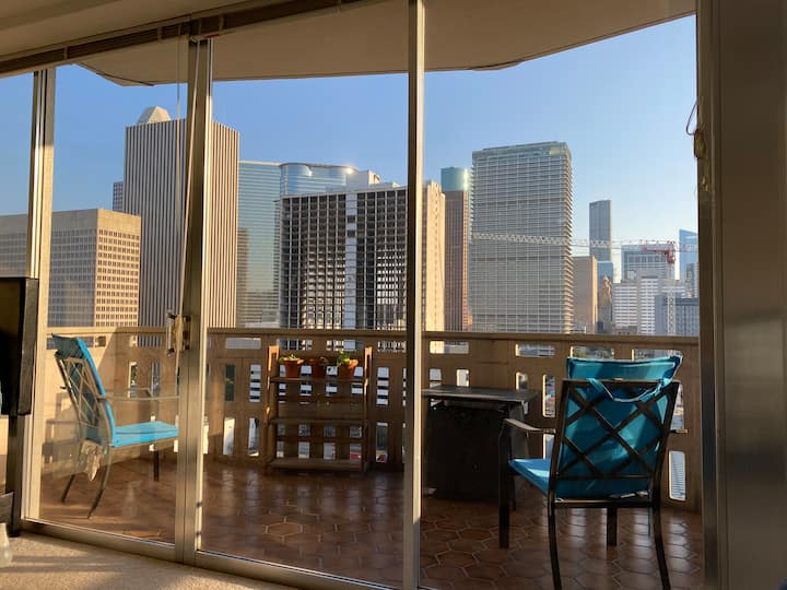Downtown/Midtown Condo with a View!