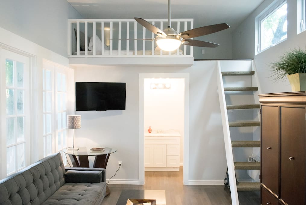 Open floor plan.  Cable TV with on Demand service and Premium Channels